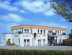 external image of Airport-Hotel Stetten