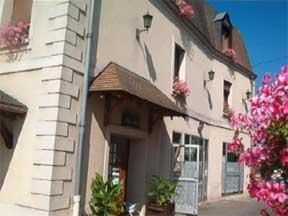 external image of Hôtel Restaurant Les Quatre H...