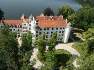 external image of Podewils Krag Castle