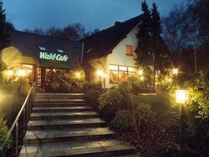 external image of Wald-Café Hotel-Restaurant