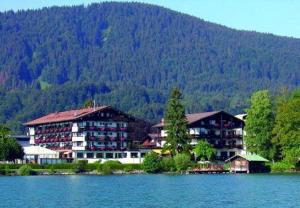 external image of Hotel Lederer am See