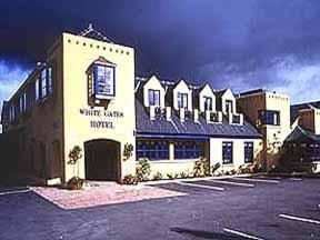 Photo of White Gates Hotel