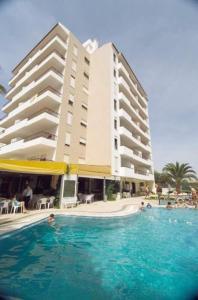 external image of Clube Praia Vau