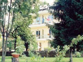 external image of Hotel Bijou