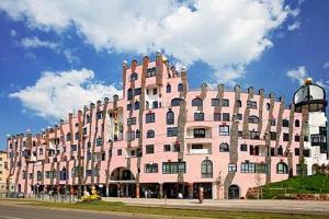 external image of Hotel in der grünen Zitadelle...