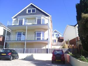 Photo of Yew Tree House