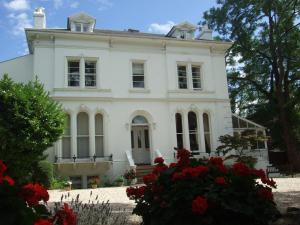 Photo of Lypiatt House