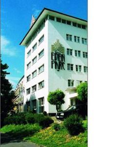 external image of Romantik Hotel Eden Parc