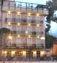 external image of Hotel Washington