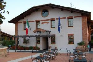 external image of Hotel Molino Dei Sassi