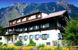 external image of Kurparkhotel