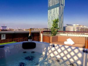 Photo of Deansgate Rooftop Hot Tub