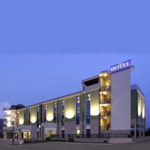 external image of Hotel Villa Fontana