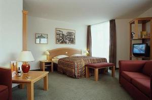 external image of Mercure Hotel Berlin Tempelhof...