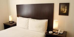 Room Image  1ofTudor Hotel