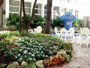 external image of Hotel Villa Diana Marina