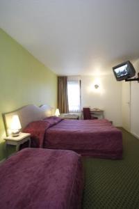 Room Image  2ofKyriad Hotel Blois Sud
