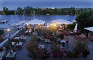 Restaurant Image ofFährhaus am Stausee / Mosel