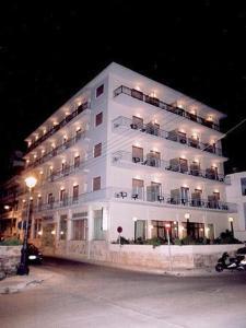 external image of Hotel Fadira