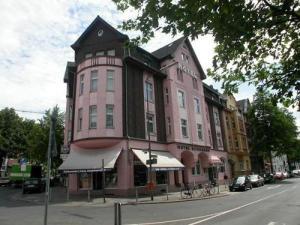 external image of Hotel Schumann