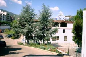 external image of Terme Di Rapolla