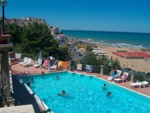 external image of Hotel Piccolo Paradiso Di Rodi...