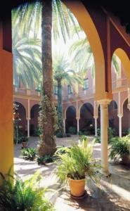 external image of Hacienda Benazuza Elbullihotel