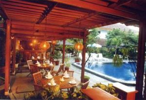 Restaurant Image ofHotel Mutiara