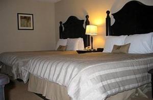 Room Image  2ofBrookwood Inn