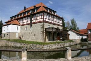 external image of Burg Edelhof