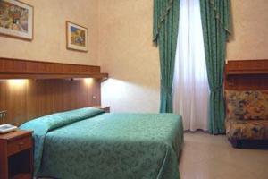 external image of Hotel Papa Germano