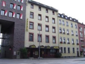 external image of Hotel Central Frankfurt