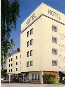 external image of Hotel Flörsheim