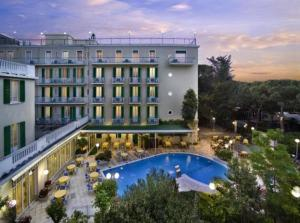 external image of Hotel Vienna Touring