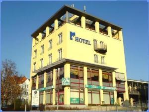 external image of Center Hotel Rabenstein