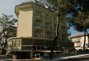 external image of Hotel Bamar