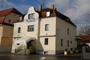 external image of Hotel-Restaurant Franziska