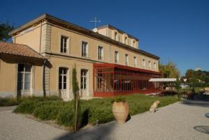 external image of Inter-Hotel De L'Estelou
