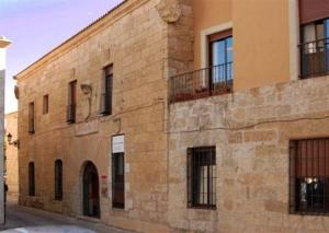 external image of Palacio de Maldonado