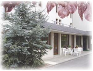 external image of Brit Hotel Tours Sud Chambray