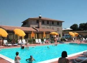 external image of La Pieve di Pomaia