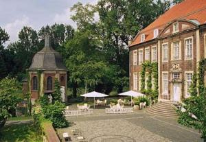 external image of Hotel Schloss Wilkinghege