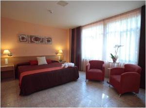 external image of Hotel El Águila