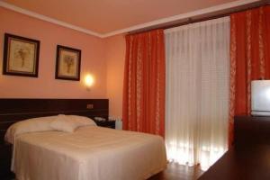 external image of Hotel Santa Teresa