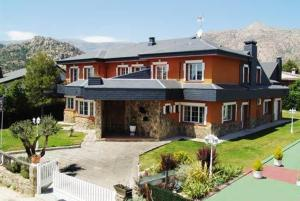 external image of Hotel Rural La Pedriza