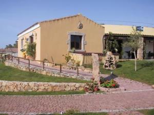 external image of Cala Mirto