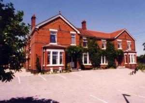 Holly Trees Hotel Hotel