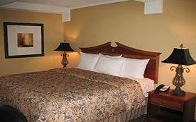 Room Image  1ofThe Promenade - A Historic Savannah Hotel