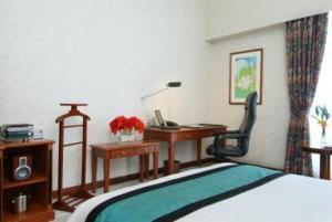 Room Image  2ofThe Linden Suites