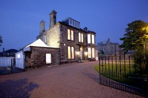 Photo of Trinity Mansion - Apartments